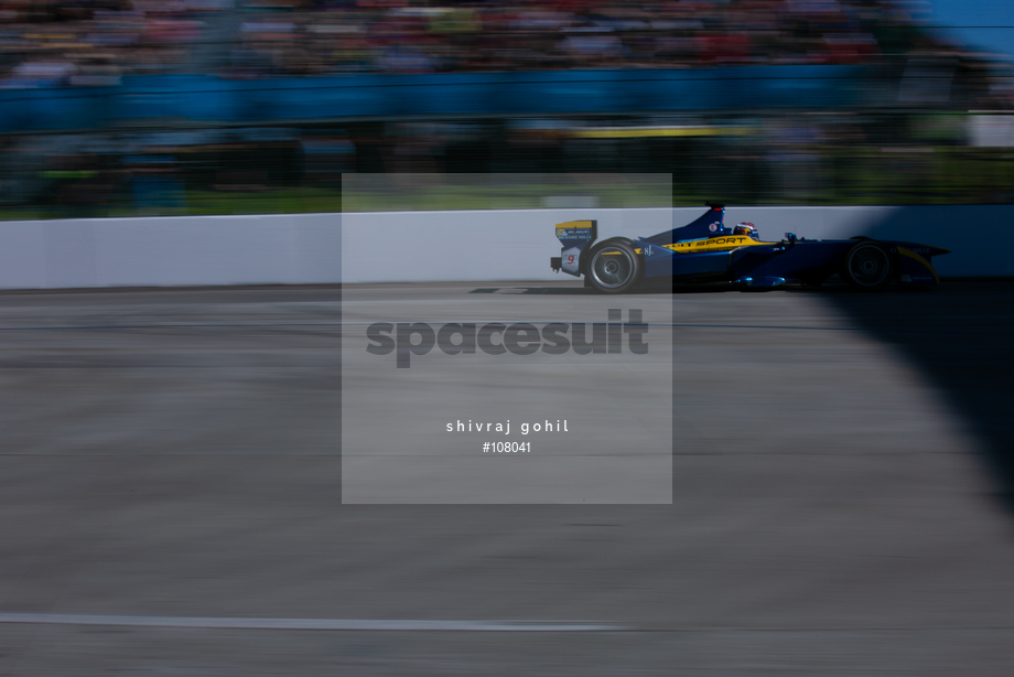Spacesuit Collections Image ID 108041, Shivraj Gohil, Long Beach ePrix, 04/04/2015 19:23:00
