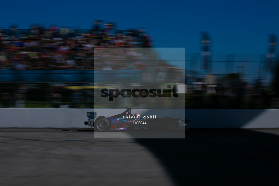Spacesuit Collections Image ID 108044, Shivraj Gohil, Long Beach ePrix, 04/04/2015 19:24:08