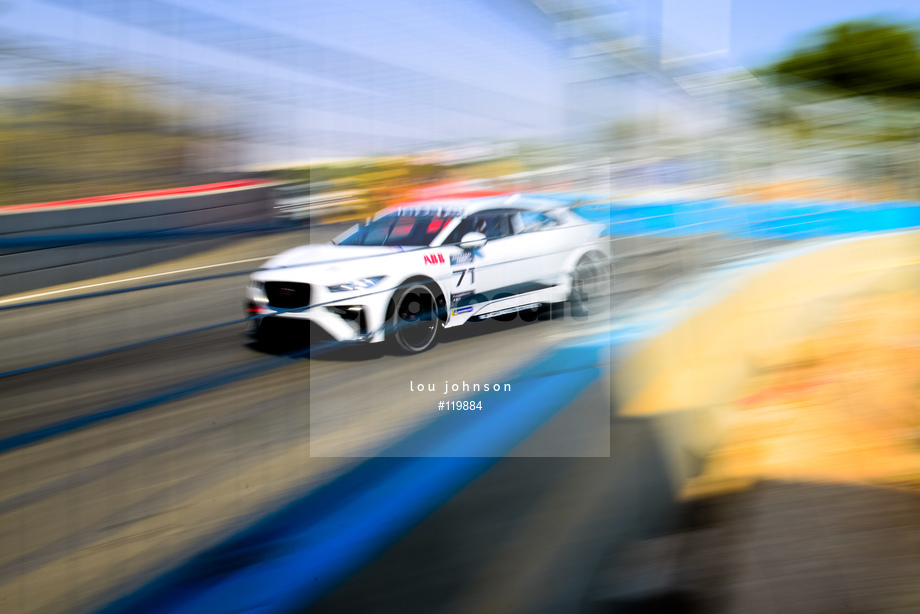 Spacesuit Collections Image ID 119884, Lou Johnson, Jaguar i-Pace eTrophy, Saudi Arabia, 14/12/2018 12:46:44