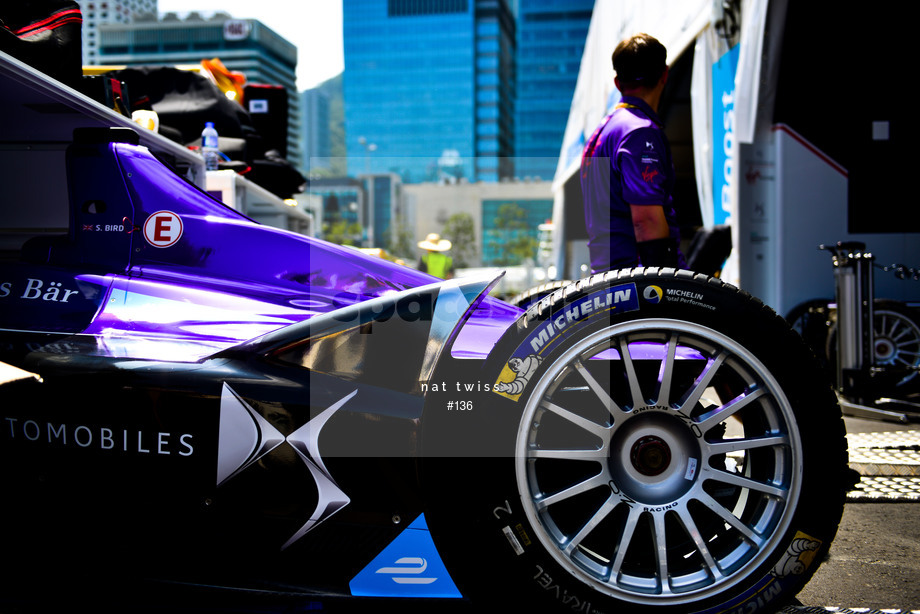Spacesuit Collections Image ID 136, Nat Twiss, Hong Kong ePrix, Hong Kong, 06/10/2016 11:41:45
