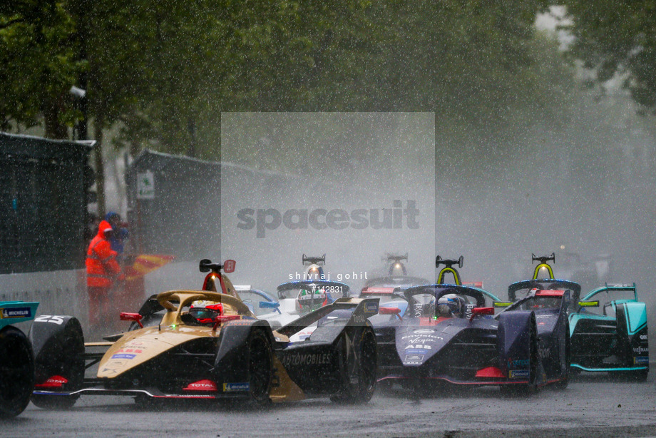 Spacesuit Collections Image ID 142831, Shivraj Gohil, Paris ePrix, France, 27/04/2019 16:21:40