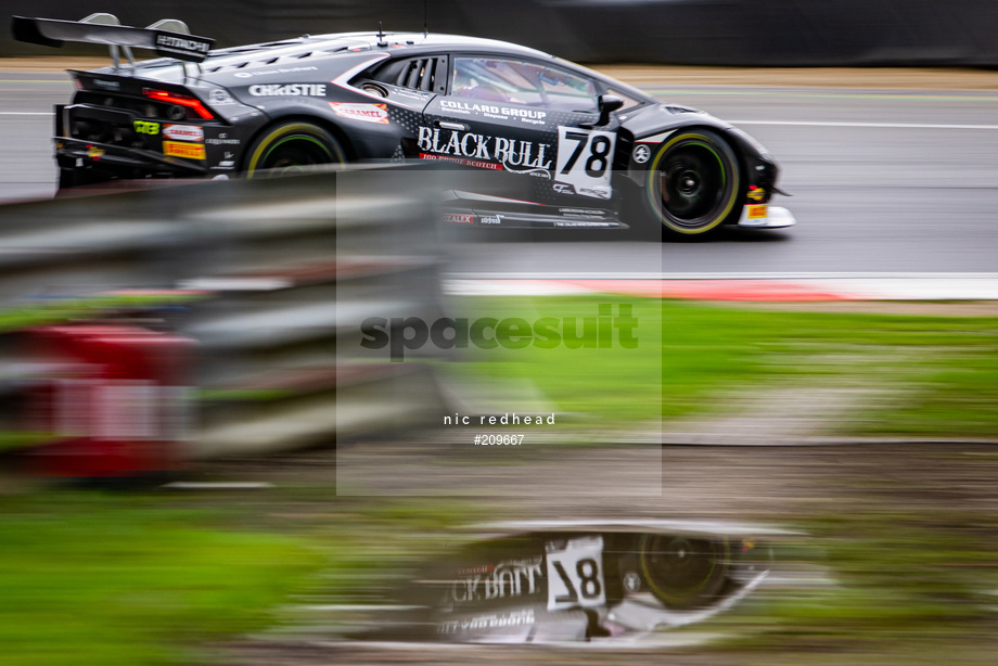 Spacesuit Collections Image ID 209667, Nic Redhead, British GT Brands Hatch, UK, 29/08/2020 12:17:21