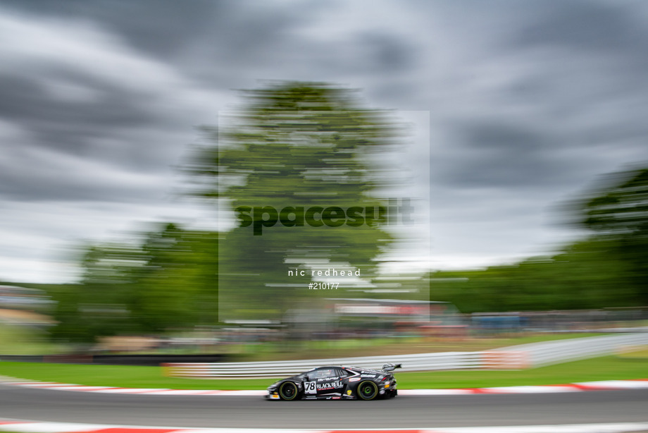 Spacesuit Collections Image ID 210177, Nic Redhead, British GT Brands Hatch, UK, 30/08/2020 13:05:55