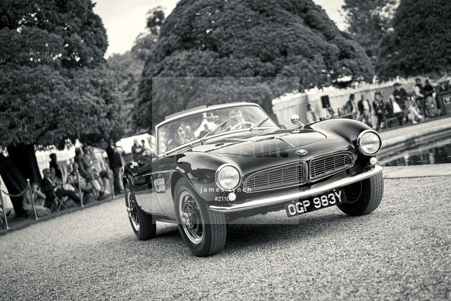 Spacesuit Collections Image ID 211067, James Lynch, Concours of Elegance, UK, 04/09/2020 14:53:11