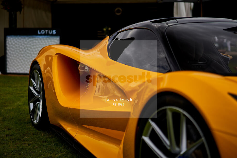 Spacesuit Collections Image ID 211093, James Lynch, Concours of Elegance, UK, 04/09/2020 13:06:09