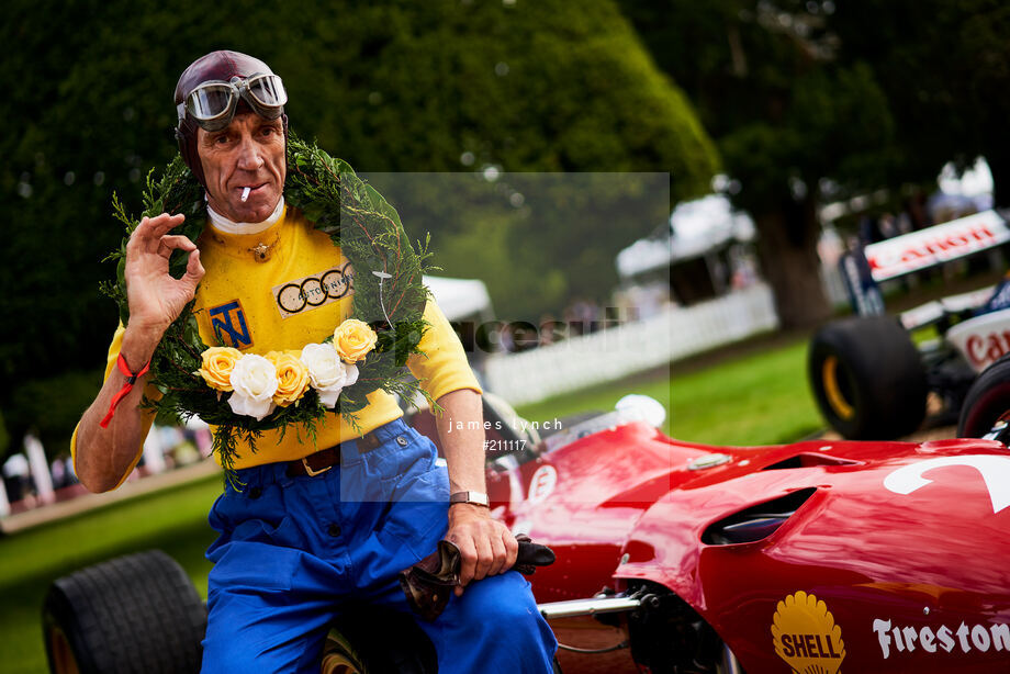 Spacesuit Collections Image ID 211117, James Lynch, Concours of Elegance, UK, 04/09/2020 12:18:25
