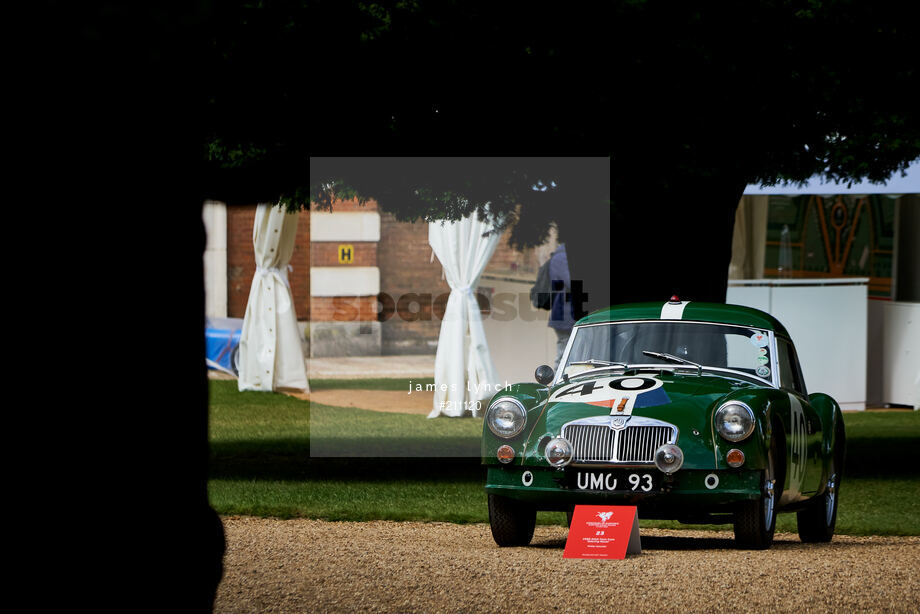 Spacesuit Collections Image ID 211120, James Lynch, Concours of Elegance, UK, 04/09/2020 12:01:41