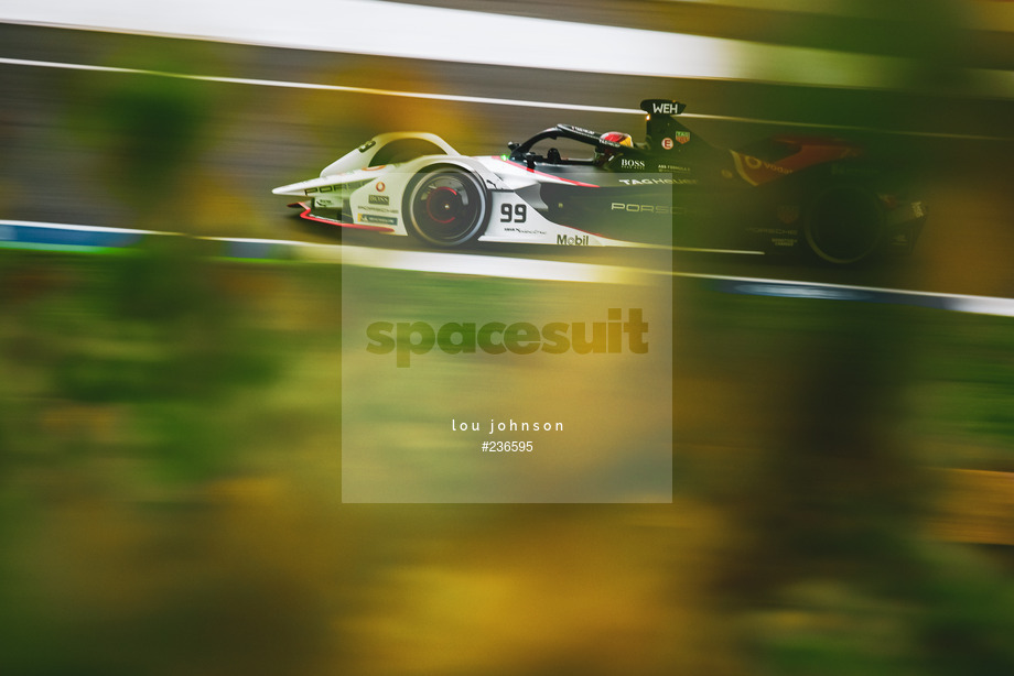 Spacesuit Collections Image ID 236595, Lou Johnson, Valencia ePrix, Spain, 24/04/2021 07:31:09
