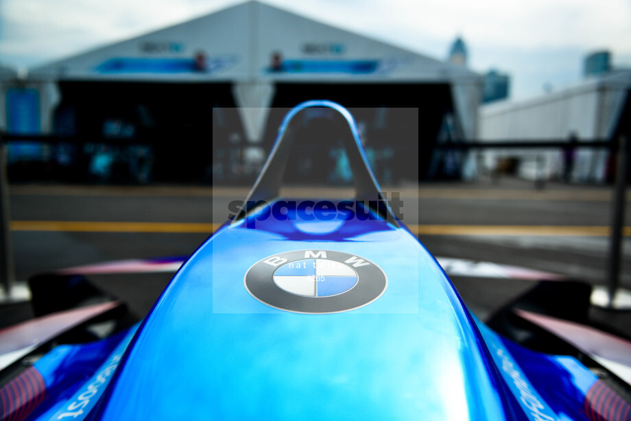 Spacesuit Collections Image ID 265, Nat Twiss, Hong Kong ePrix, Hong Kong, 07/10/2016 10:03:39