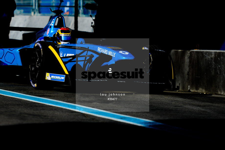Spacesuit Collections Image ID 39477, Lou Johnson, Montreal ePrix, Canada, 29/07/2017 08:13:38
