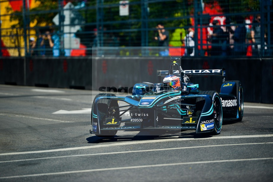 Spacesuit Collections Image ID 39509, Nat Twiss, Montreal ePrix, Canada, 29/07/2017 10:30:55