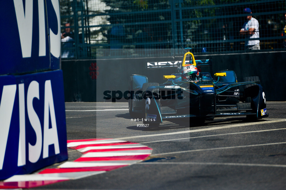 Spacesuit Collections Image ID 39527, Nat Twiss, Montreal ePrix, Canada, 29/07/2017 10:32:57