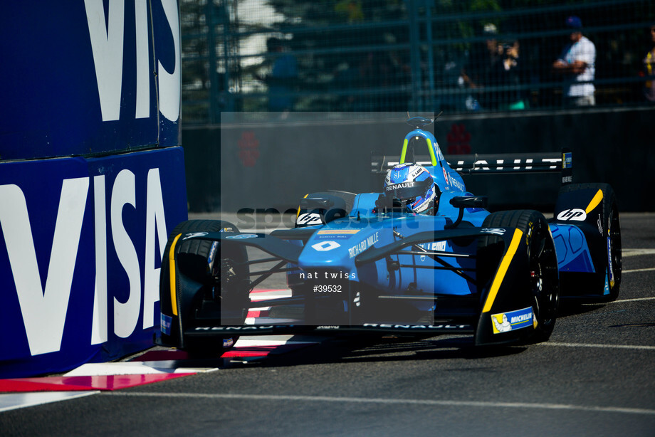 Spacesuit Collections Image ID 39532, Nat Twiss, Montreal ePrix, Canada, 29/07/2017 10:33:04