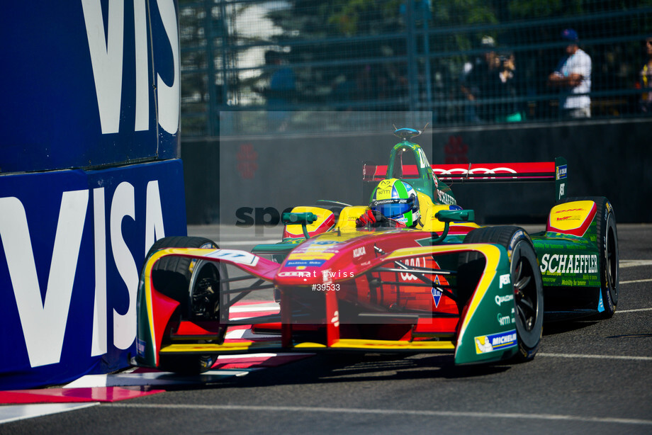 Spacesuit Collections Image ID 39533, Nat Twiss, Montreal ePrix, Canada, 29/07/2017 10:33:05