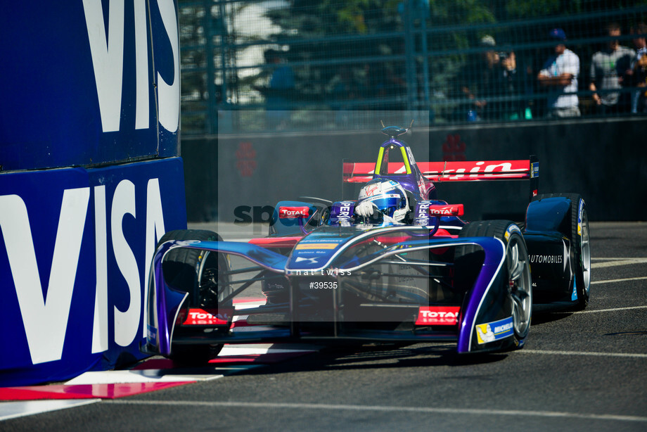 Spacesuit Collections Image ID 39535, Nat Twiss, Montreal ePrix, Canada, 29/07/2017 10:33:17