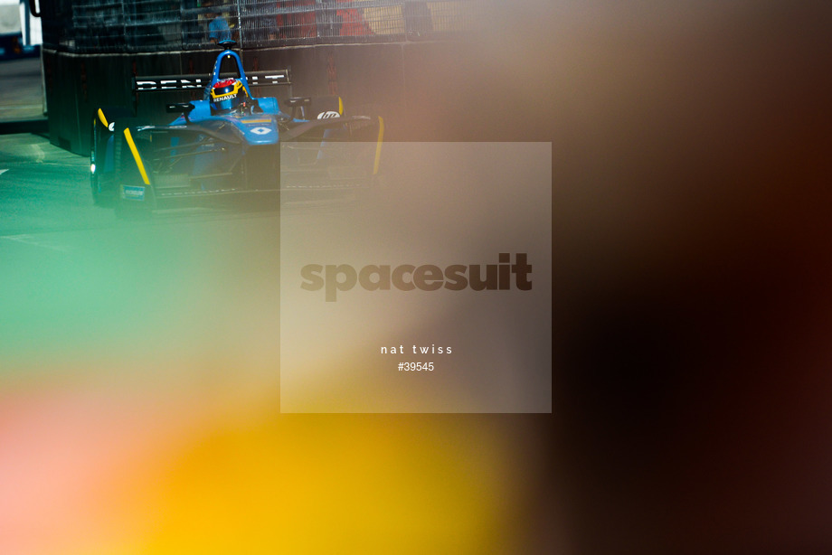 Spacesuit Collections Image ID 39545, Nat Twiss, Montreal ePrix, Canada, 29/07/2017 10:35:58