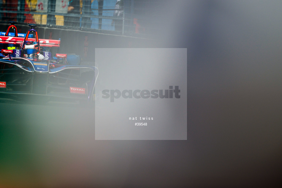 Spacesuit Collections Image ID 39548, Nat Twiss, Montreal ePrix, Canada, 29/07/2017 10:36:33