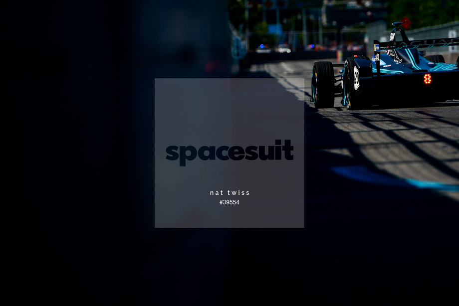 Spacesuit Collections Image ID 39554, Nat Twiss, Montreal ePrix, Canada, 29/07/2017 10:38:15