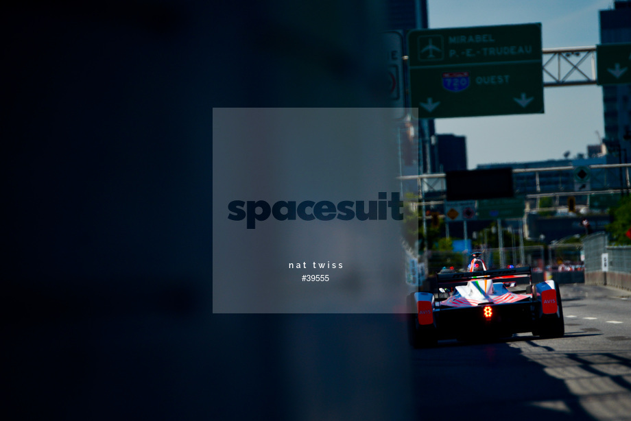 Spacesuit Collections Image ID 39555, Nat Twiss, Montreal ePrix, Canada, 29/07/2017 10:38:32
