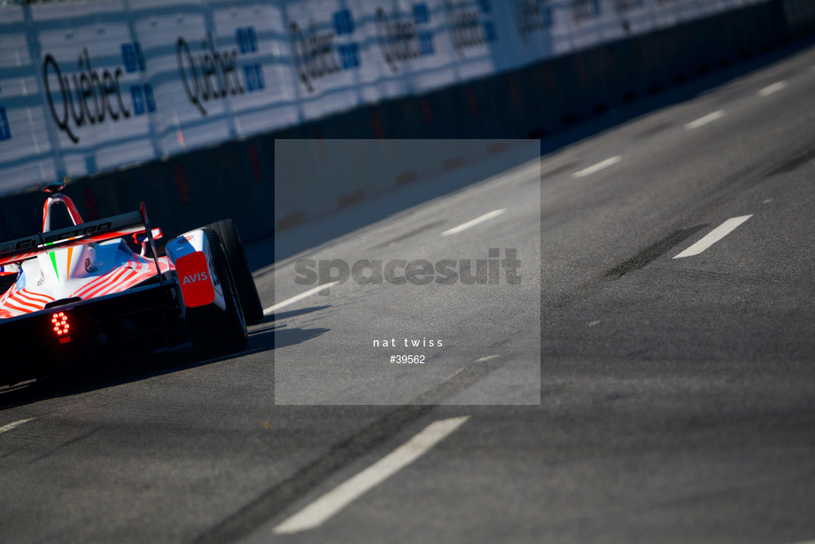 Spacesuit Collections Image ID 39562, Nat Twiss, Montreal ePrix, Canada, 29/07/2017 10:42:36
