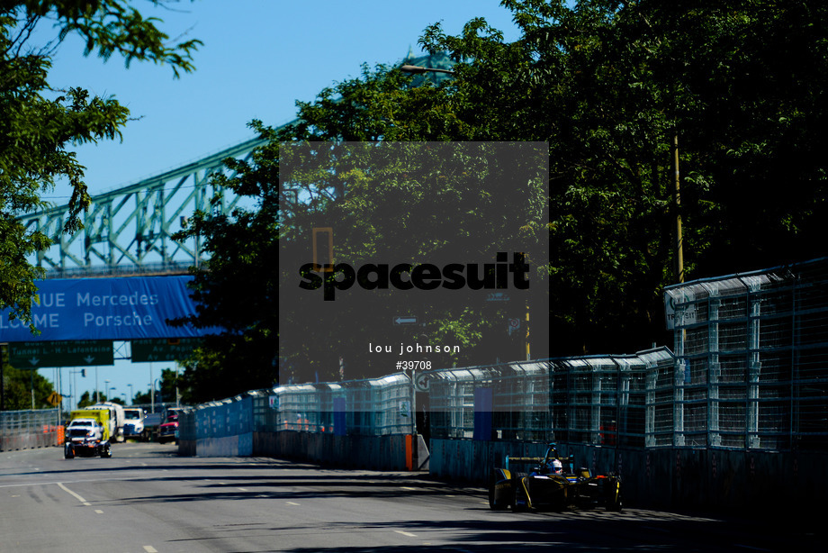 Spacesuit Collections Image ID 39708, Lou Johnson, Montreal ePrix, Canada, 29/07/2017 10:49:07