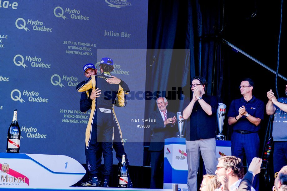 Spacesuit Collections Image ID 39888, Nat Twiss, Montreal ePrix, Canada, 29/07/2017 17:16:47