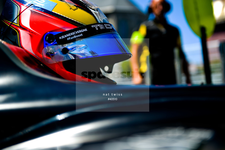 Spacesuit Collections Image ID 40510, Nat Twiss, Montreal ePrix, Canada, 30/07/2017 12:07:37