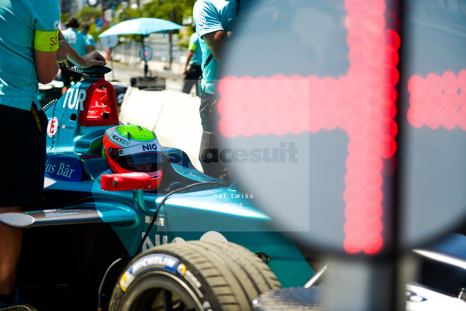 Spacesuit Collections Image ID 40516, Nat Twiss, Montreal ePrix, Canada, 30/07/2017 12:15:02