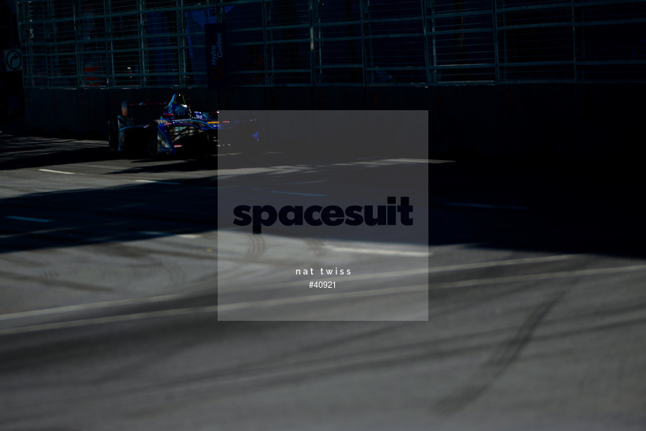 Spacesuit Collections Image ID 40921, Nat Twiss, Montreal ePrix, Canada, 30/07/2017 16:25:23