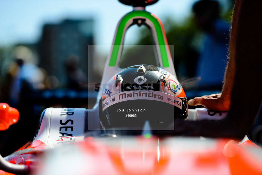 Spacesuit Collections Image ID 40963, Lou Johnson, Montreal ePrix, Canada, 30/07/2017 15:33:09