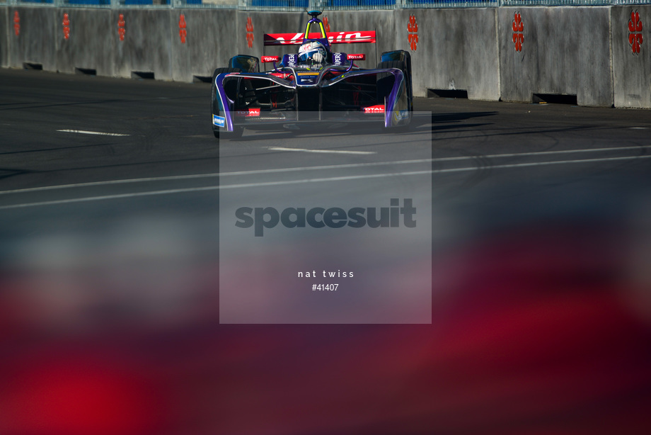 Spacesuit Collections Image ID 41407, Nat Twiss, Montreal ePrix, Canada, 30/07/2017 08:36:49