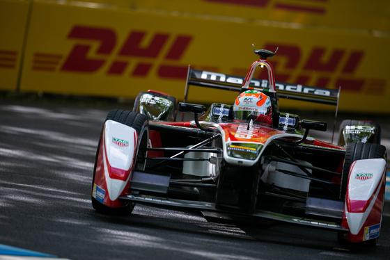 Shivraj Gohil, London ePrix, UK, 27/06/2015 16:19:11 Thumbnail