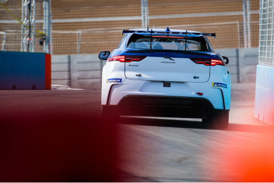 Lou Johnson, Jaguar i-Pace eTrophy, Saudi Arabia, 14/12/2018 12:38:59 Thumbnail