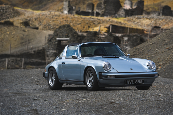 Dan Bathie, Electric Porsche 911 photoshoot, UK, 03/05/2017 12:46:32 Thumbnail