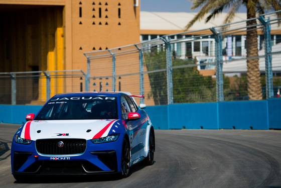 Lou Johnson, Jaguar i-Pace eTrophy, Saudi Arabia, 14/12/2018 12:32:25 Thumbnail