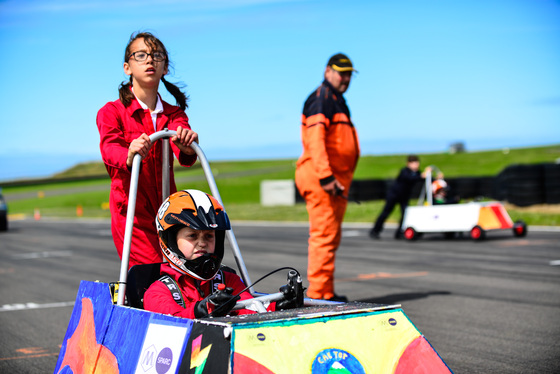 Jamie Sheldrick, Greenpower, UK, 13/07/2017 11:46:05 Thumbnail