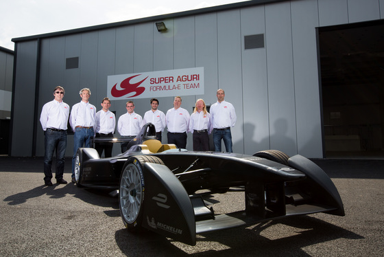 Shivraj Gohil, Formula E Launch Day, UK, 15/05/2014 15:23:46 Thumbnail