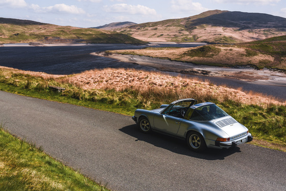Dan Bathie, Electric Porsche 911 photoshoot, UK, 03/05/2017 11:40:29 Thumbnail