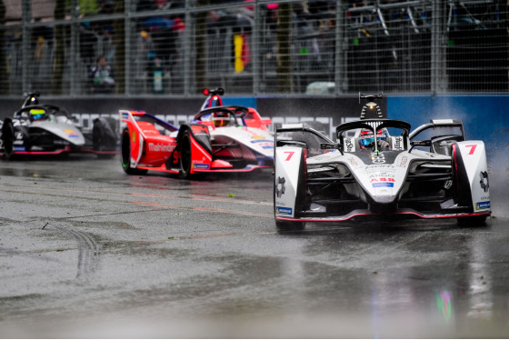 Lou Johnson, Paris ePrix, France, 27/04/2019 16:25:31 Thumbnail
