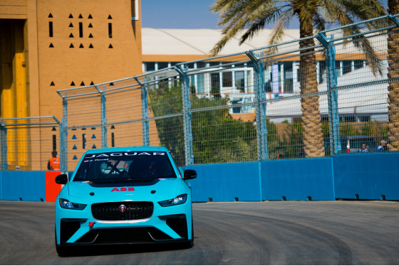 Lou Johnson, Jaguar i-Pace eTrophy, Saudi Arabia, 14/12/2018 12:32:35 Thumbnail