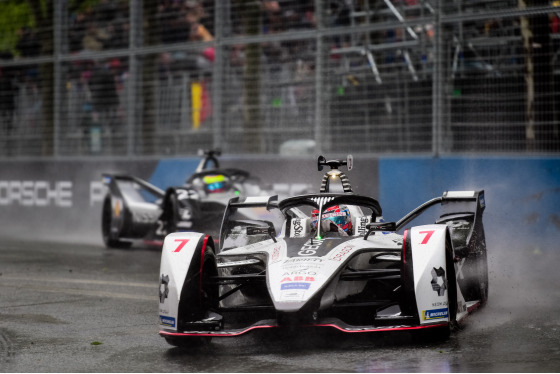 Lou Johnson, Paris ePrix, France, 27/04/2019 16:26:54 Thumbnail