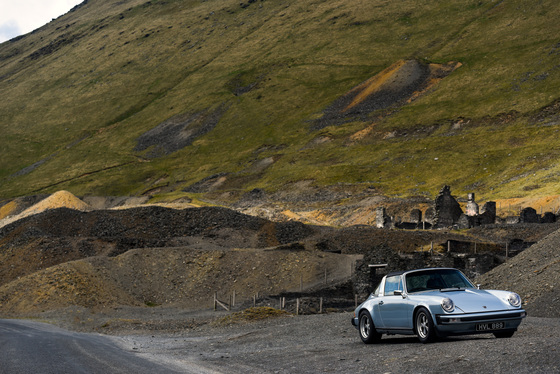 Dan Bathie, Electric Porsche 911 photoshoot, UK, 03/05/2017 12:46:38 Thumbnail