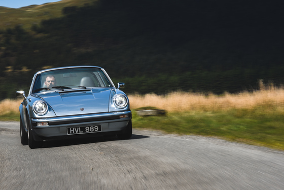 Dan Bathie, Electric Porsche 911 photoshoot, UK, 03/05/2017 11:48:50 Thumbnail