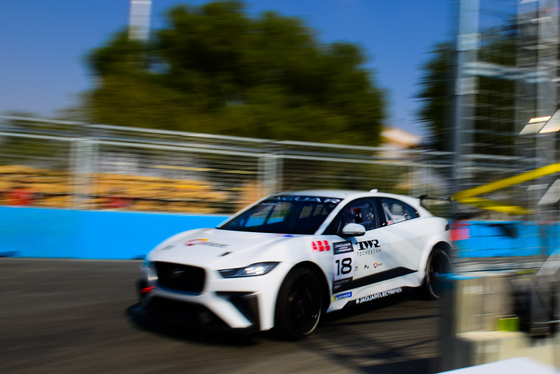 Lou Johnson, Jaguar i-Pace eTrophy, Saudi Arabia, 14/12/2018 12:44:07 Thumbnail