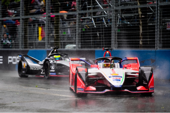 Lou Johnson, Paris ePrix, France, 27/04/2019 16:25:32 Thumbnail
