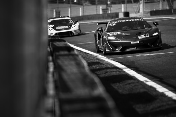 Jamie Sheldrick, British GT Brands Hatch, UK, 05/08/2017 09:36:57 Thumbnail