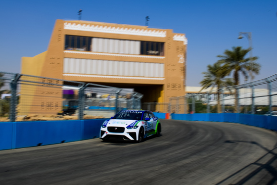 Lou Johnson, Jaguar i-Pace eTrophy, Saudi Arabia, 14/12/2018 12:37:58 Thumbnail