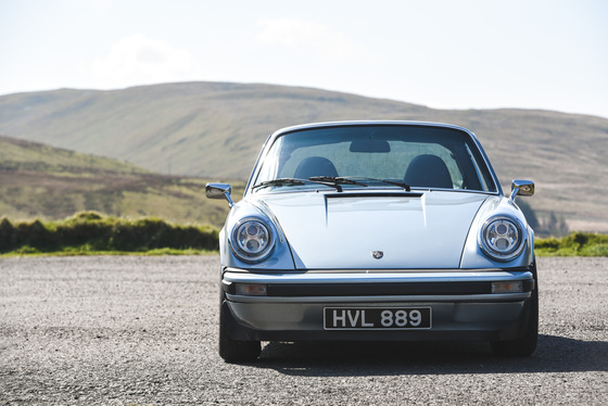 Dan Bathie, Electric Porsche 911 photoshoot, UK, 03/05/2017 10:26:22 Thumbnail