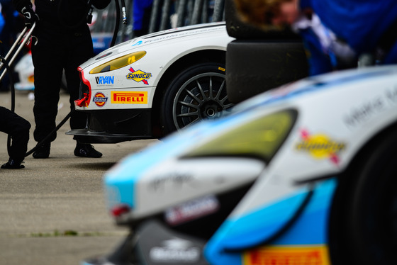 Jamie Sheldrick, British GT Round 3, UK, 30/04/2017 15:26:07 Thumbnail