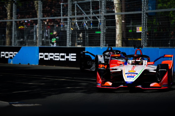 Lou Johnson, Paris ePrix, France, 27/04/2019 16:09:34 Thumbnail